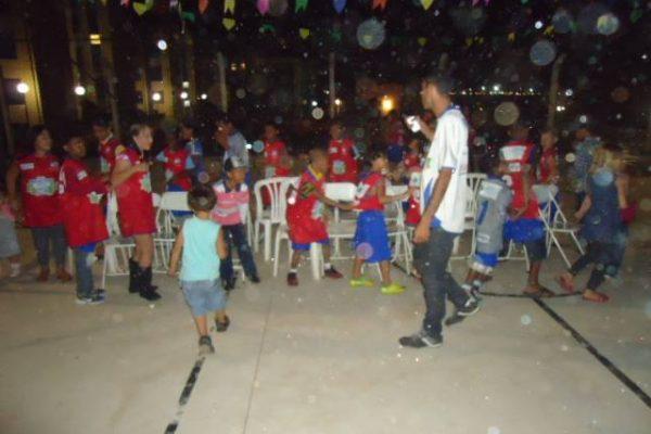 Festa Julina com as crianças da Lacultesp